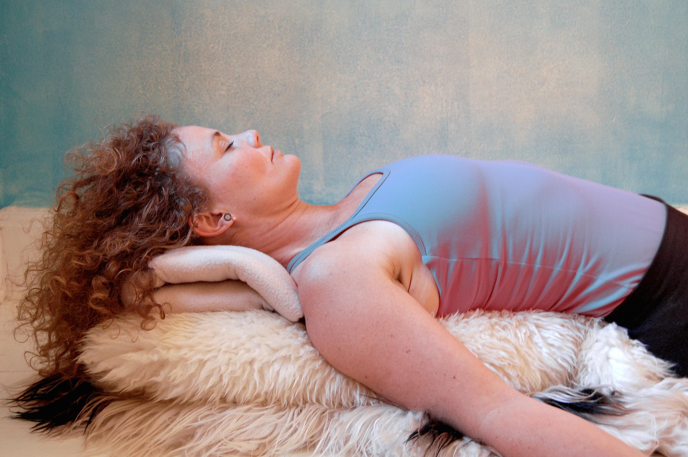 Workshop i Restorativ Yoga og Bowspring med Ditte Bykærholm Nielsen